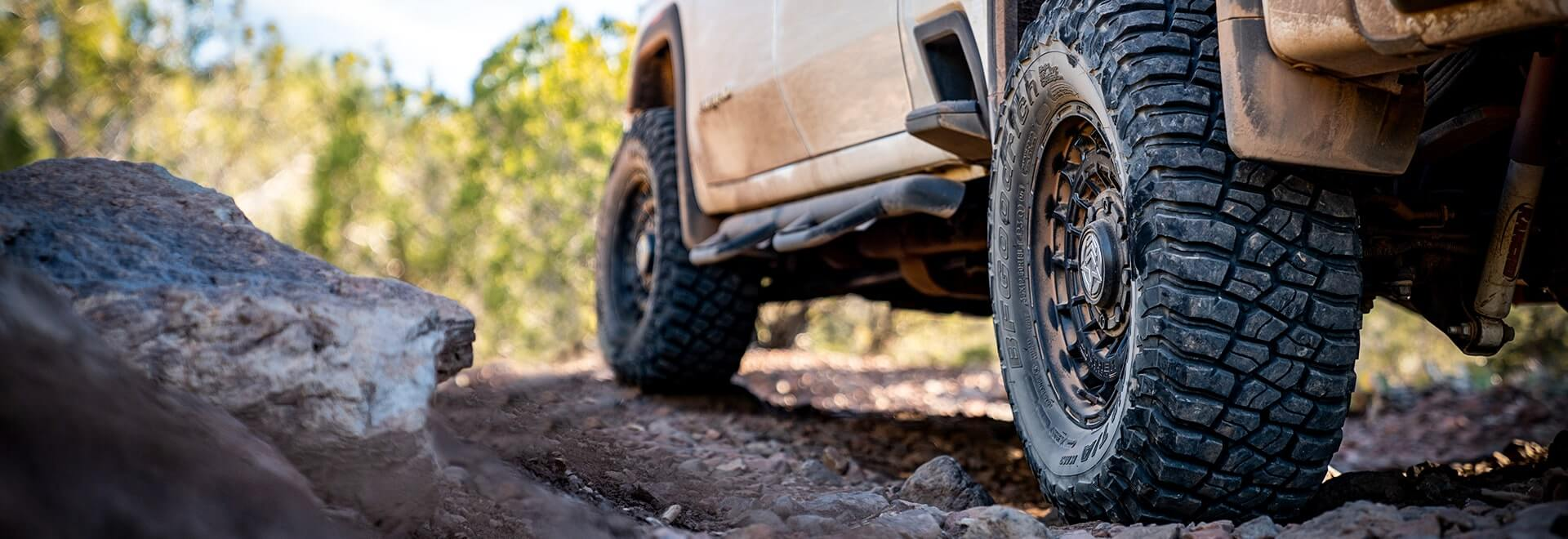 Spring Off Road Vehicle - Tire Banner