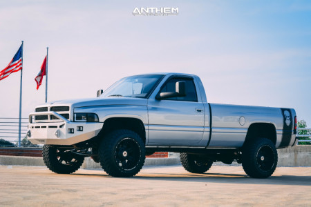"1996 Dodge Ram 2500 - 20x12 -44mm - Anthem Off-Road Aviator - Stock Suspension - 33"" x 12.5"""