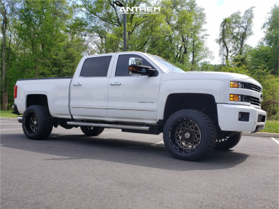 2015 Chevrolet Silverado 2500 HD - 20x12 -44mm - Anthem Off-Road Avenger - Leveling Kit - 305/55R20