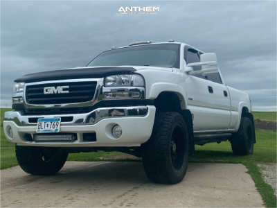 """2006 GMC Sierra 2500 HD Classic - 20x10 -0mm - Anthem Off-Road Equalizer - Stock Suspension - 33"""" x 12.5"""""""