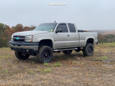 "2006 Chevrolet Silverado 2500 HD - 17x9 0mm - Anthem Off-Road Intimidator - Suspension Lift 6.5"" - 35"" x 12.5"""