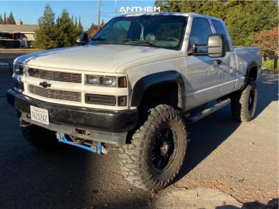 "1996 Chevrolet K1500 - 18x9 -12mm - Anthem Off-Road Equalizer - Suspension Lift 6"" & Body 3"" - 37"" x 13.5"""
