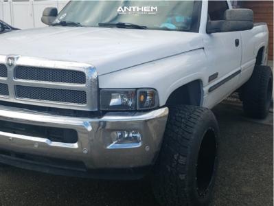 """2001 Dodge Ram 2500 - 20x12 -51mm - Anthem Off-Road Equalizer - Stock Suspension - 33"""" x 12.5"""""""