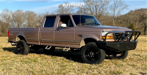 "1996 Ford F-350 - 18x9 0mm - Anthem Off-Road Viper - Stock Suspension - 33"" x 11.5"""