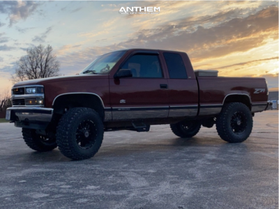 "1998 Chevrolet K1500 - 20x10 -24mm - Anthem Off-Road Equalizer - Suspension Lift 6"" - 35"" x 12.5"""