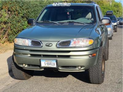 "2003 Oldsmobile Bravada - 20x9 18mm - Anthem Off-Road Rogue - Suspension Lift 3"" - 275/60R20"