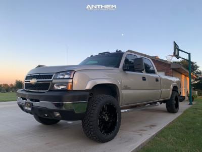 "2006 Chevrolet Silverado 2500 HD Classic - 20x10 -24mm - Anthem Off-Road Equalizer - Stock Suspension - 33"" x 12.5"""