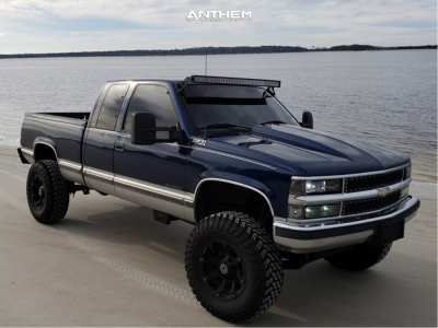 "1999 Chevrolet K1500 - 17x9 -12mm - Anthem Off-Road Defender - Suspension Lift 6"" - 35"" x 12.5"""