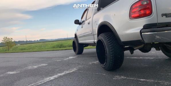 2001 Ford F-150 - 22x14 -76mm - Anthem Off-Road Equalizer - Stock Suspension - 305/45R22