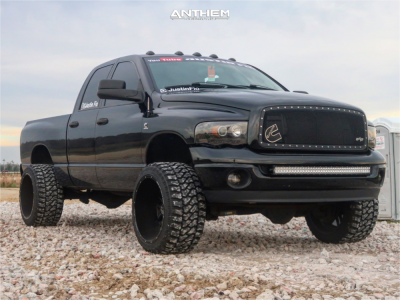 """2005 Dodge Ram 2500 - 22x14 -76mm - Anthem Off-Road Equalizer - Suspension Lift 2.5"""" - 33"""" x 14.5"""""""